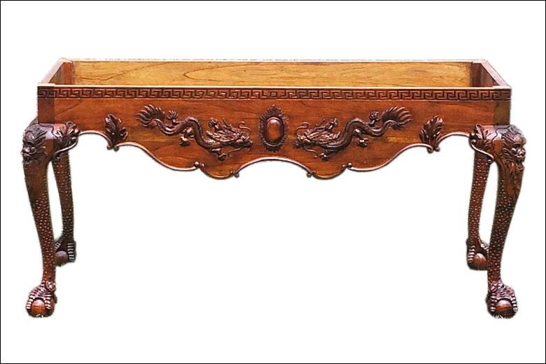 Dragon Claw Table