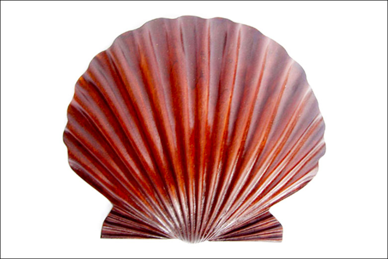 Scallop Shell Ornament Liberty Carvings